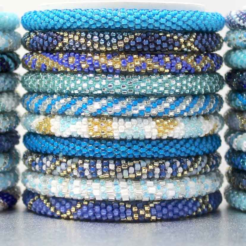 A Blue Bracelet is the Perfect Highlight for your Wrist