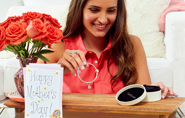 Pandora Bracelets for Mom on Mother's Day