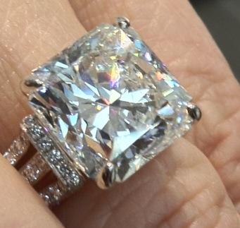 6 carat up close