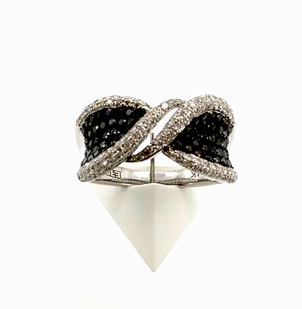 Black-and-white-diamond-band