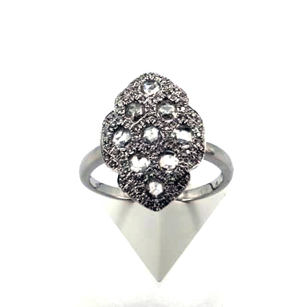 pave-dinner-style-ring