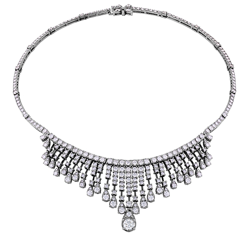 A Beautiful 18.25 carat diamond necklace.