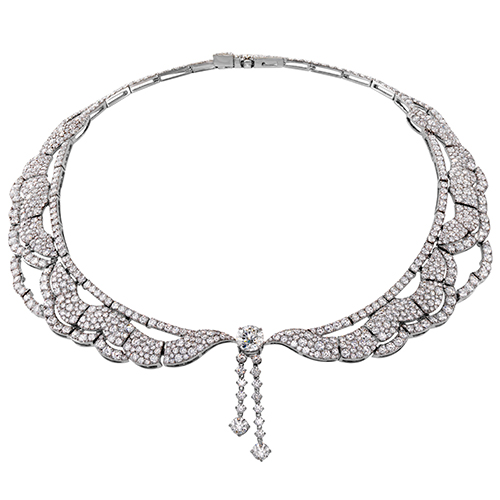 Diamond Collar for a girlfriend gift on Valentine's Day or anyday.