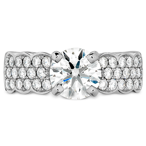 The Pavé Setting is a glitzy ring setting.