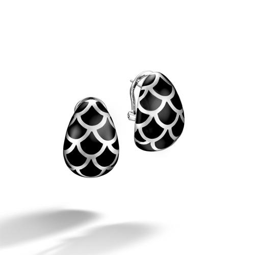 John Hardy's designs use 925 Sterling Silver.