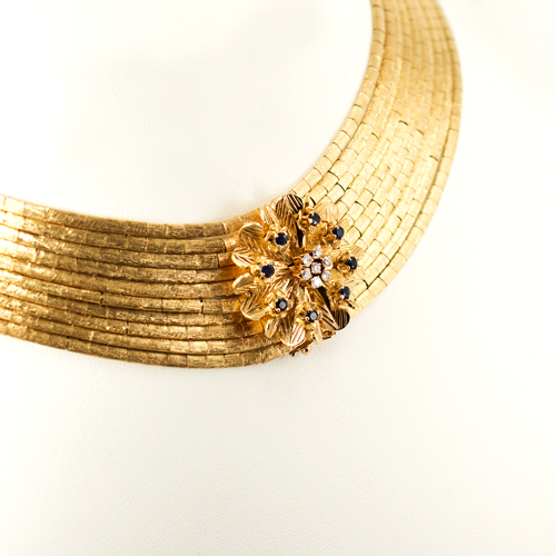 Singer Collection Estate Show Gold Necklace