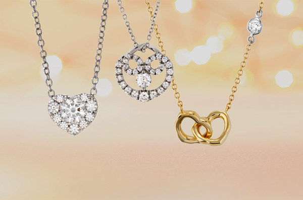 How to decide which Valentine's Day jewelry to pick out for her.