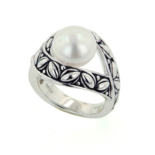 Natural Pearl rings are created by the popular brand, Honora.