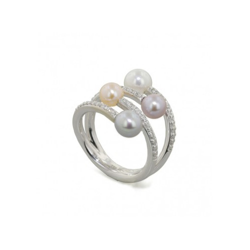 This pearl ring by Honora looks like 4 rings.