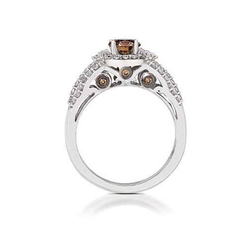 Le Vian bridal has many uniquely designed engagement rings and wedding bands.