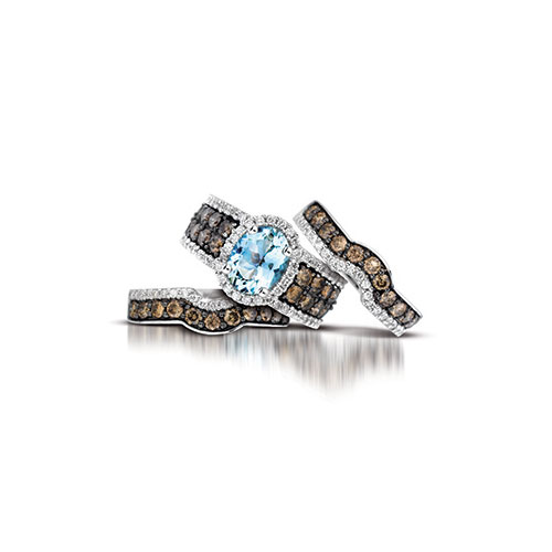 LeVian designs rings with fancy colored diamonds also.