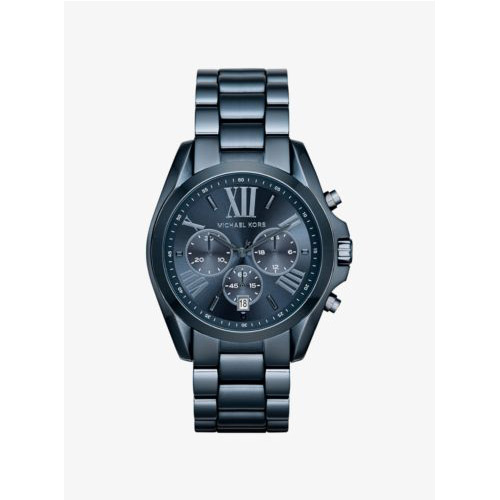 Michael Kors watches can be found in regular sized dials and oversized.