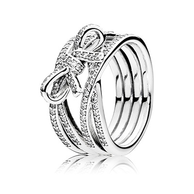 Pandora Ring sometimes feature the diamond substitute cubic zirconia.