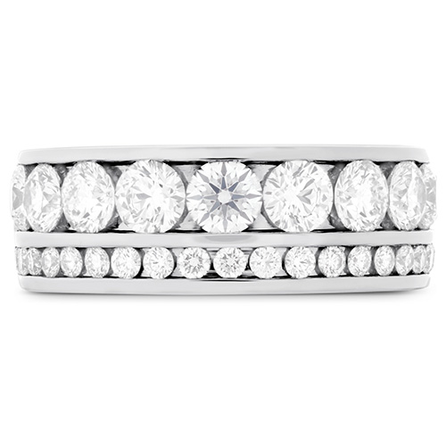 This diamond wedding band features 2.5 carats of white diamonds.
