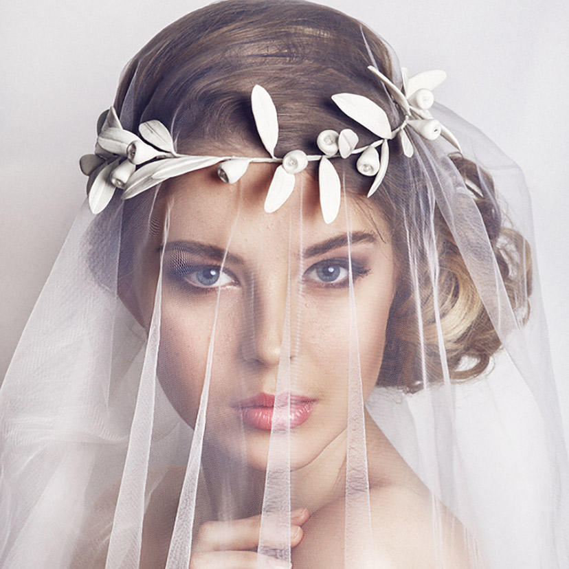 Here are some wedding dress jewelry tips for your big day.