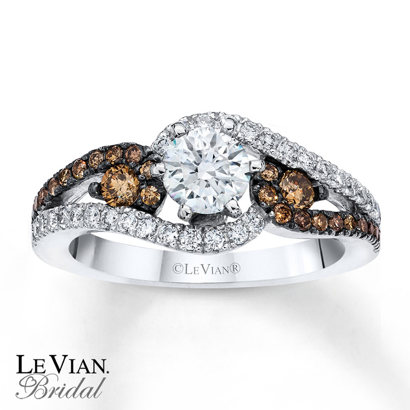This right has each Le Vian Chocolate Diamond offset with white diamonds.