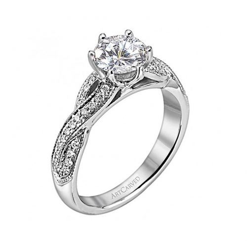 Rings and wedding rings are one of the most romantic gifts.