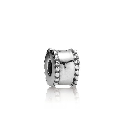 Pandora Charm  Style# 790267