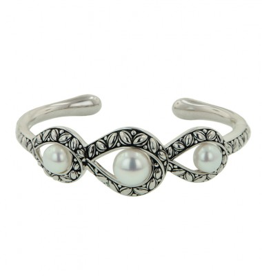 Sterling Silver 8-10.5mm White Button Freshwater Cultured Pearl Bangle Bracelet