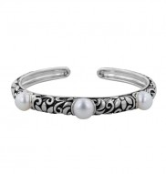 Sterling Silver 8-9mm White Freshwater Cultured Pearl Floral Bangle Bracelet